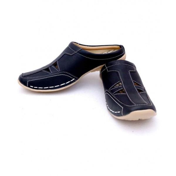 Manav Black Sandals