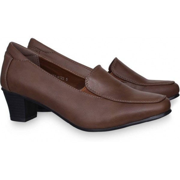 Bata HAWI Corporate Casuals For Women  (Brown)