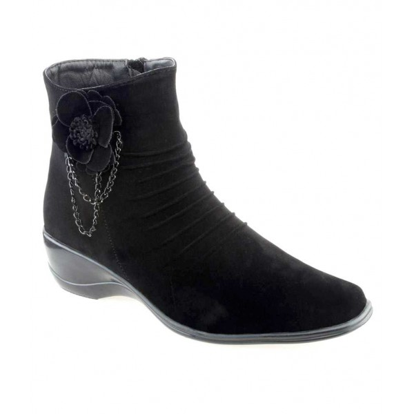 Shuz Touch Black Ankle Length Cowboy Boots